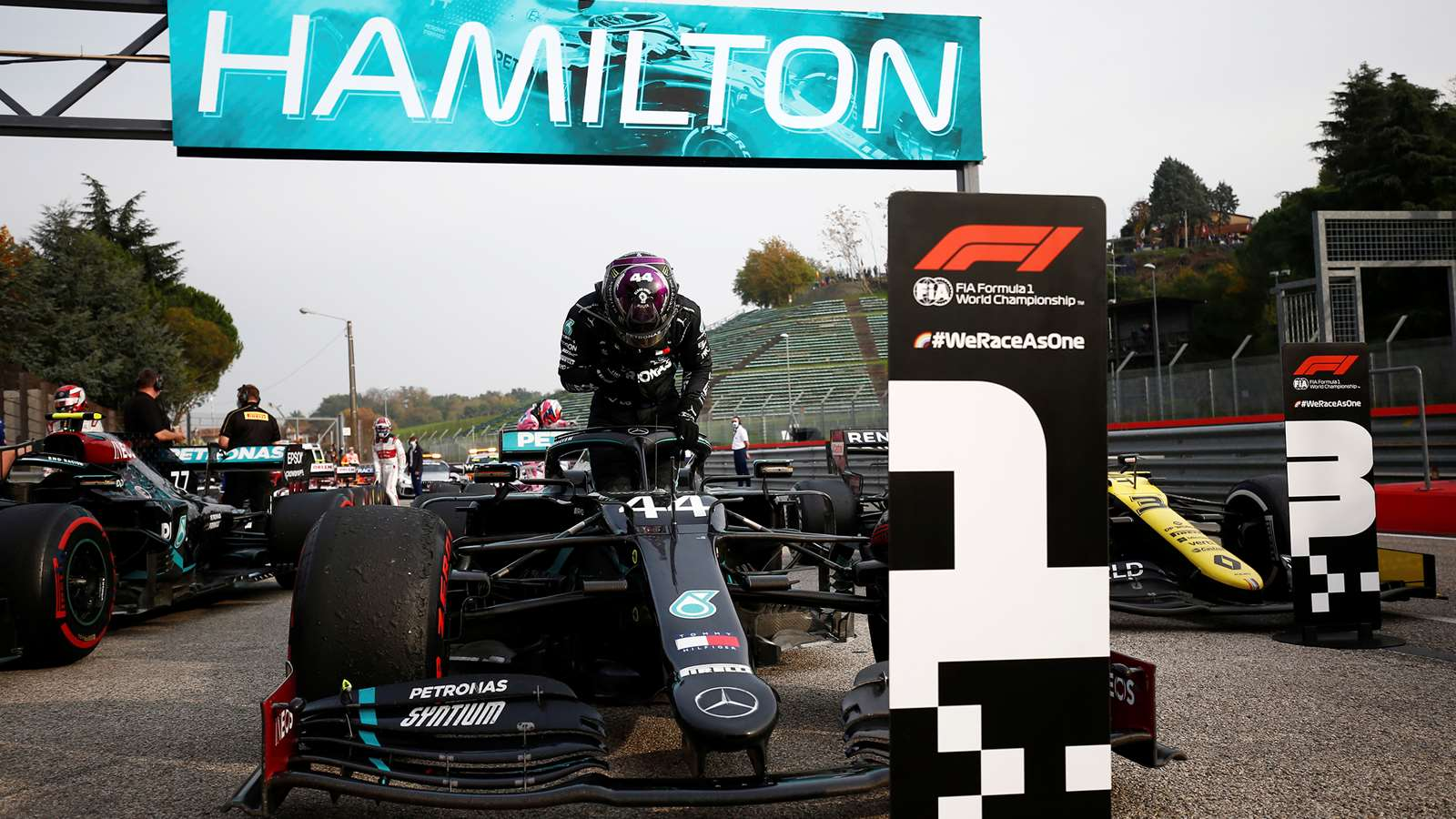 F1 Emilia Romanga Grand Prix Imola – Lewis Hamilton Mercedes