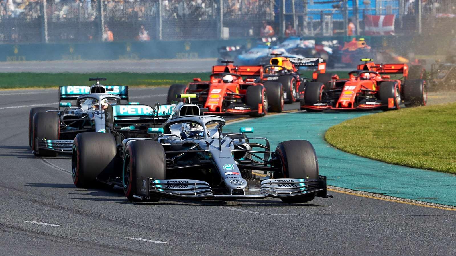 Valterri Bottas leads Lewis Hamilton's Mercedes at 2019 Australian Grand Prix
