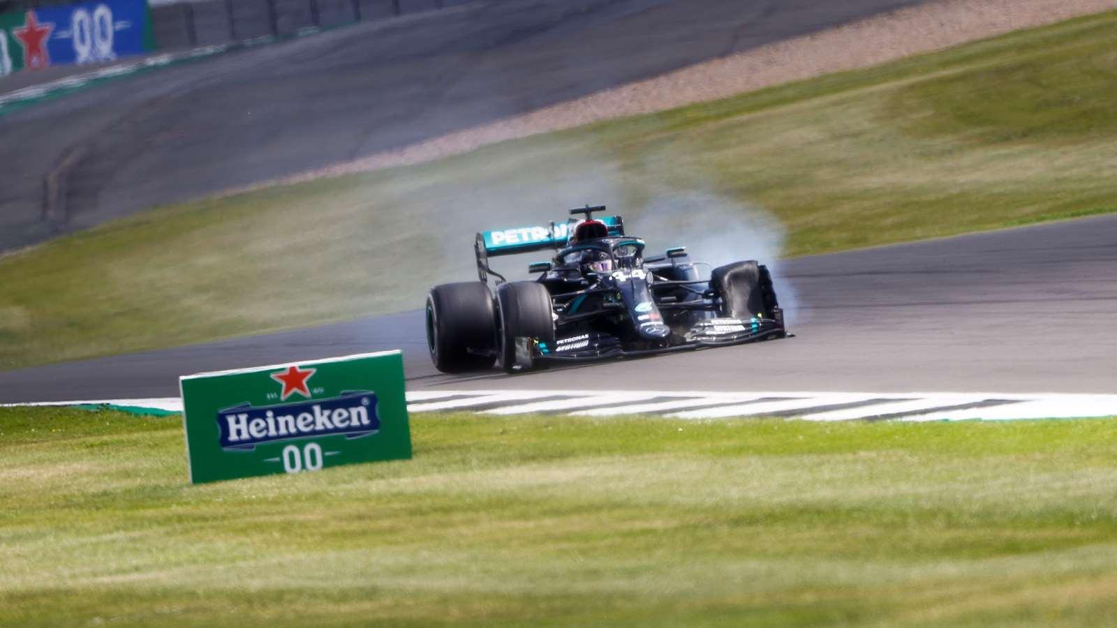 2020 F1 British Grand Prix Hamilton's Mercedes punctures