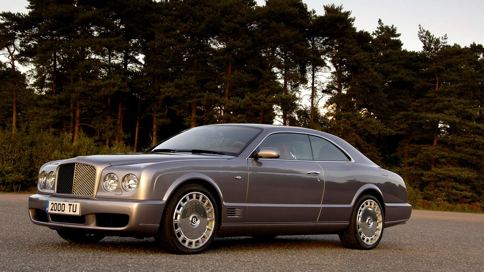 Bentley Brooklands front left