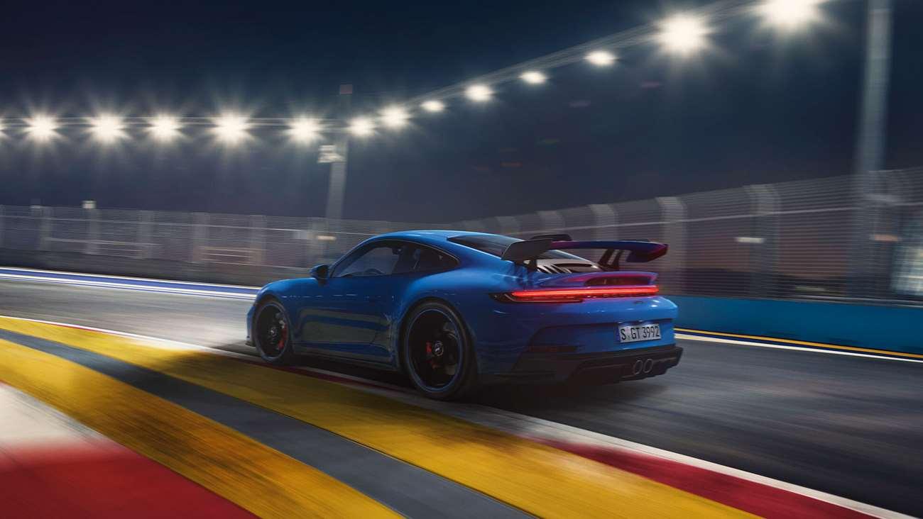 Porsche 992 GT3   2021 - Page 2 Porsche-911-gt3-992-goodwood-15022021